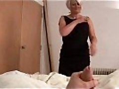 Mature bimbo ruling over a rod POINT OF VIEW