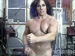 Annie Rivieccio Bare Lady Bodybuilder in the Gym