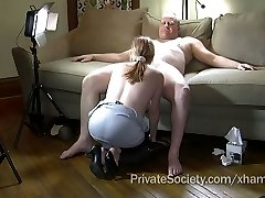Wife Agrees To Suck A Stranger's Pipe