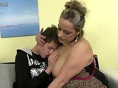 Naughty mature mom penetrating not her stepson