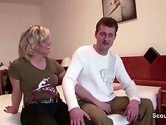 Mutti und Vati aus Dresden beim Pornography Casting am ficken