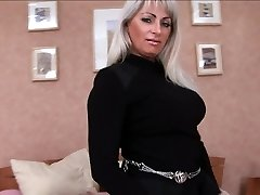 Mature vulva is smashed in every hole