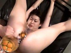 Extreme Japanese AV hardcore fucky-fucky leads to raw egg ass-plug
