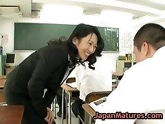 Natsumi kitahara tossing salad some guy part3