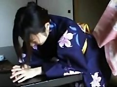 048 Kimono Chick&#039_s Discipline - Slapping