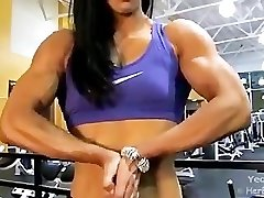 Asian Damsel Bodybuilder Hulking Out
