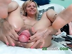 Blonde milf with ginormous pussy