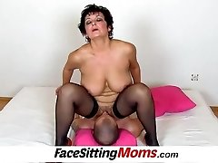Thick boobs lady Greta old youthful facesitting and pussy eating