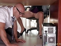 Chief Lela Starr gets hold of her counterpart's big dick
