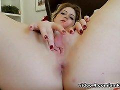 Madison Šalvěje Masturbace Film - AmKingdom