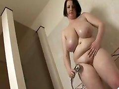 Velké sýkora BBW osprchovat