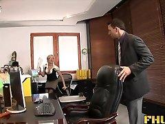 Fhuta - سکس با انگشت, سکس با رئیس