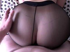 Dívka s velký zadek kurva v punčocháče