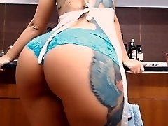 Big Booty Busty Inked Teen! Masturbs Herself in Kitchen!