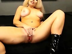 British flexible Cougar with sexy accent and big tits