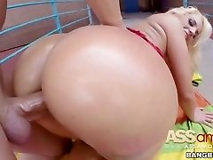 Big Booty Light-haired Fesser Spanish Slut