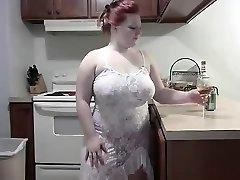 divoká zrzka bbw stripping na webcam