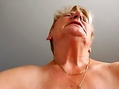 Grandma rides husband and attempts not to moaning