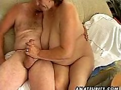 Chubby mature amateur wife sucks and tears up