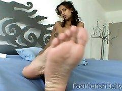 arab feet pov