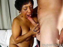 Super sexy zralé černé BBW je velmi horké kurva