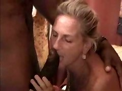 Zralé Swinger Manželka Gets Fucked by Black Guy.elN
