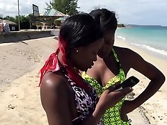 2 hot Jamaican Ebony Babes wiggle their Asses on the Beach
