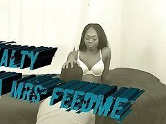 Royalty ( Mrs FEEDME ) facesitting 69
