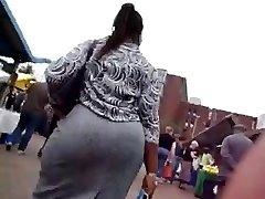 Hefty African Booty