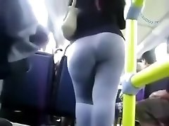 I spied on extraordinaire sexy dark-hued brown woman in the bus
