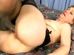 Hot mature wifey in stocking rides BBC