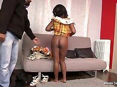 Anaelle krásná černá holka v prdeli