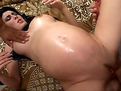 Black haired future mommy fucked while knocked up