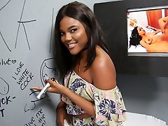 Ebony Yara Skye's First-ever Experience At Gloryhole