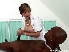Lady Sonia - Nurse Massage