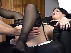 Sexy těhotná holka jezdí na tvrdý penis