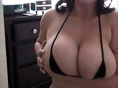 Eva Notty small dark-hued Bikini