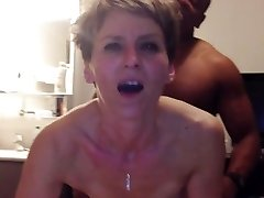 Cougar has anal climax from young black salami