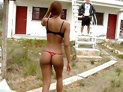 古巴女孩有一个巨大的屁股