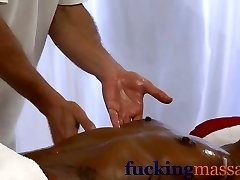 Massage Rooms Ebony girl orgasms after erotic session