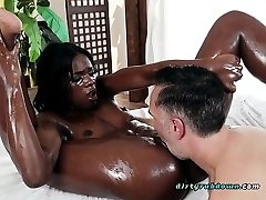 Massage Doc Ana Foxxx Pleases Hung Client