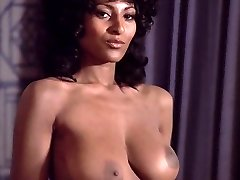 Pam Grier Coffy compilation (Short)
