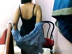 Fat bottomed Indian unclothes and teases on web cam