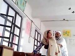 Desi head master fuck urdu teacher college affair caught mms