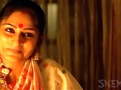 Bengali Movie Actress roopa Ganguly Steaming