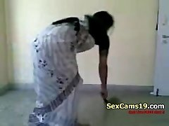 Bangla Desi Wife Sexy Farting Home Aloneb On SexCams19