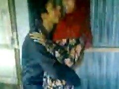 Desi Hindu BF kisses Humps Muslim girl Afeena in Colg Class