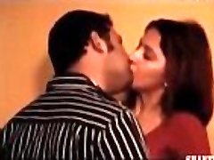 Archana Sharma super-hot beautiful lovely innocent sweet passionate saree blouse naval kiss cleavage
