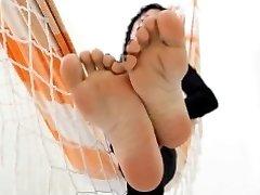 Foot Goddess foot tease smother