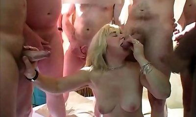 Mature British Mass Ejaculation Gangbang - Cireman